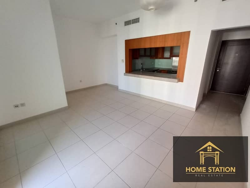 CANAL VIEW |TWO BALCONIES | CHILLER FREE | SPACIOUS 1BR