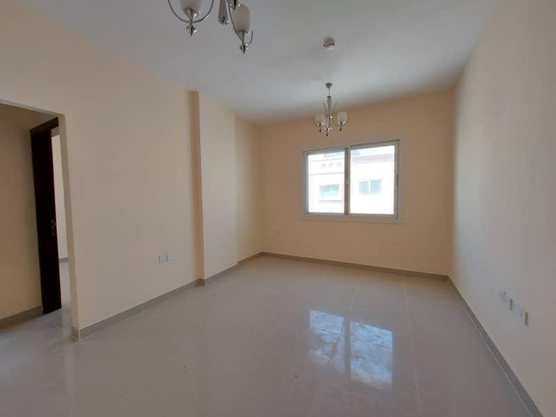 شقة في تجارية مويلح 1 غرف 19999 درهم - 4617754