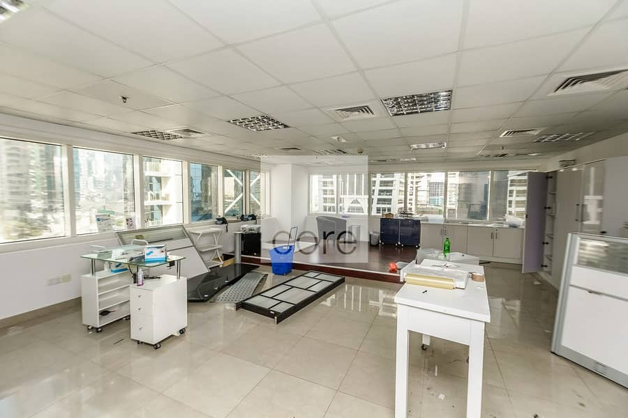 2 Fitted Office   Close to Metro   Low Floor