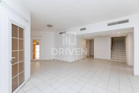 فیلا 4 غرف نوم للايجار في الصفوح، دبي - Stunning and Well-maintained 4 Bedroom Villa