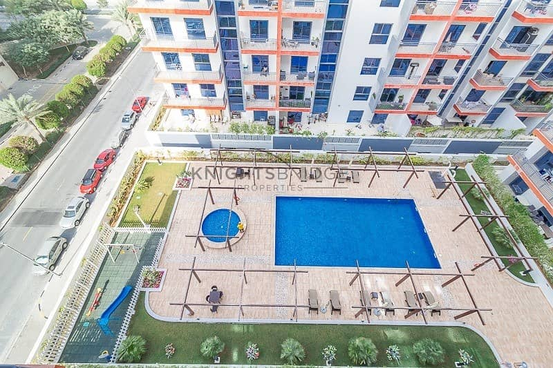 13 Pool View | A/C Free | Carrefour 3 Mins Away