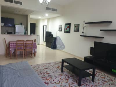 Fully Furnished 2br apartment with 3 bathroom and laundry room