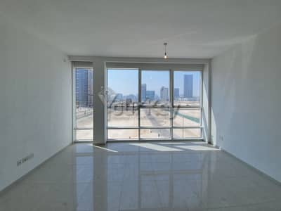 One month Rent Free 3 BR Townhouse in Horizon Tower