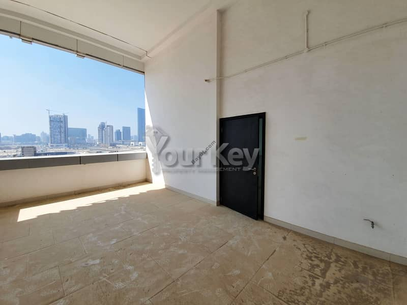 20 One month Rent Free 3 BR Townhouse in Horizon Tower