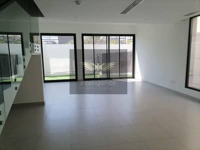 5 Bedroom Villa for Rent in Al Salam Street, Abu Dhabi - Modern Stylish and Well Maintained w/ Maid`s Room!