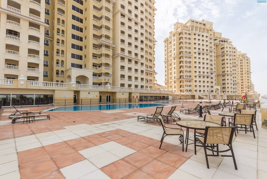 19 Large Two Bedroom - Fantastic Views - Well Maintained