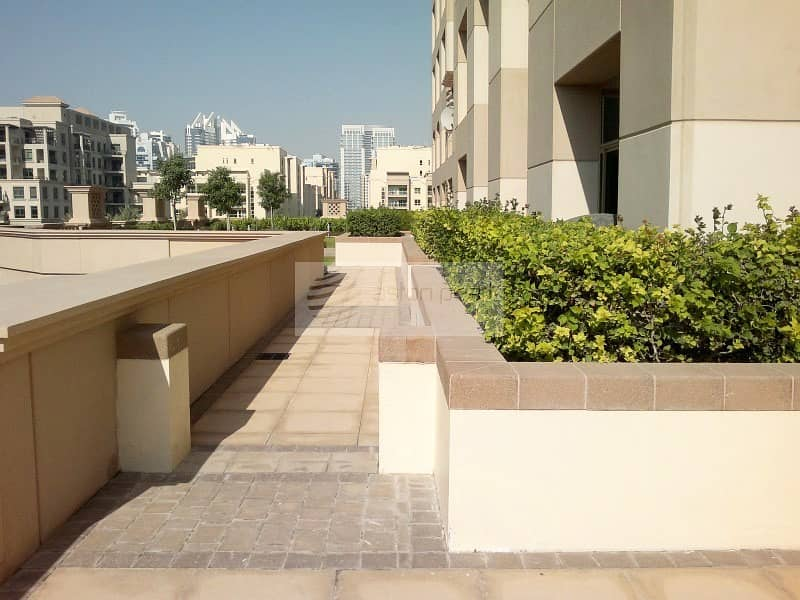 2 Spacious Studio with Big Terrace | | Chiller Free
