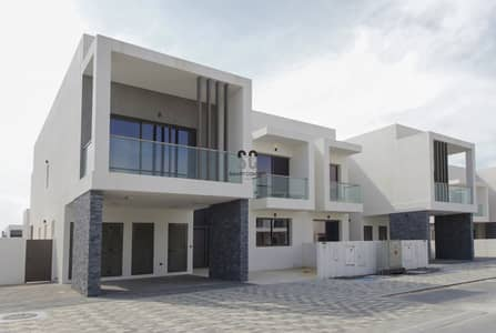 4 Bedroom Townhouse for Sale in Yas Island, Abu Dhabi - Call to Own | Luxurious Duplex | No ADM Fees