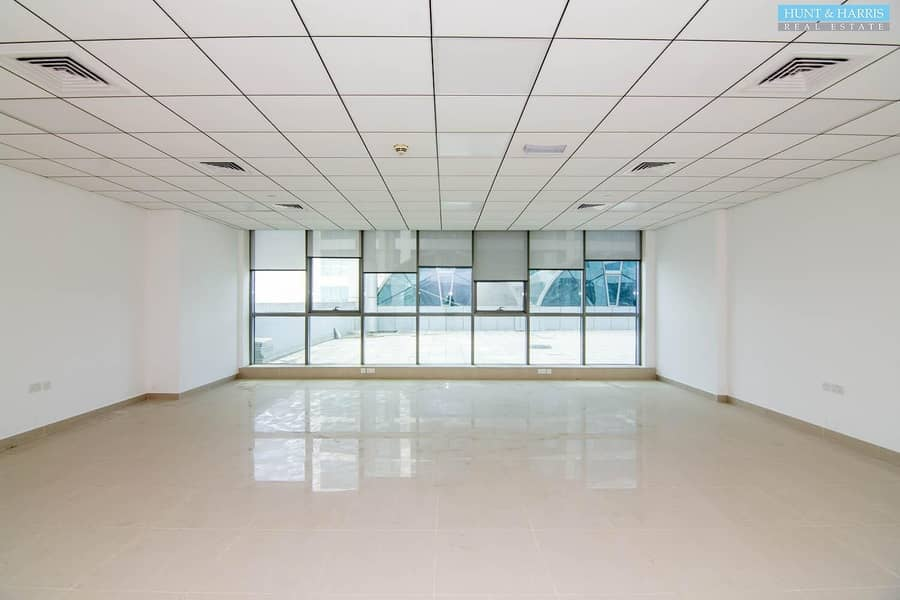 Julfar Tower - Vacant Office Space - Available Immediately