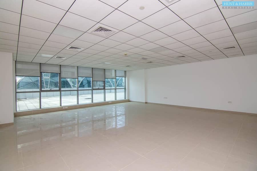 2 Julfar Tower - Vacant Office Space - Available Immediately