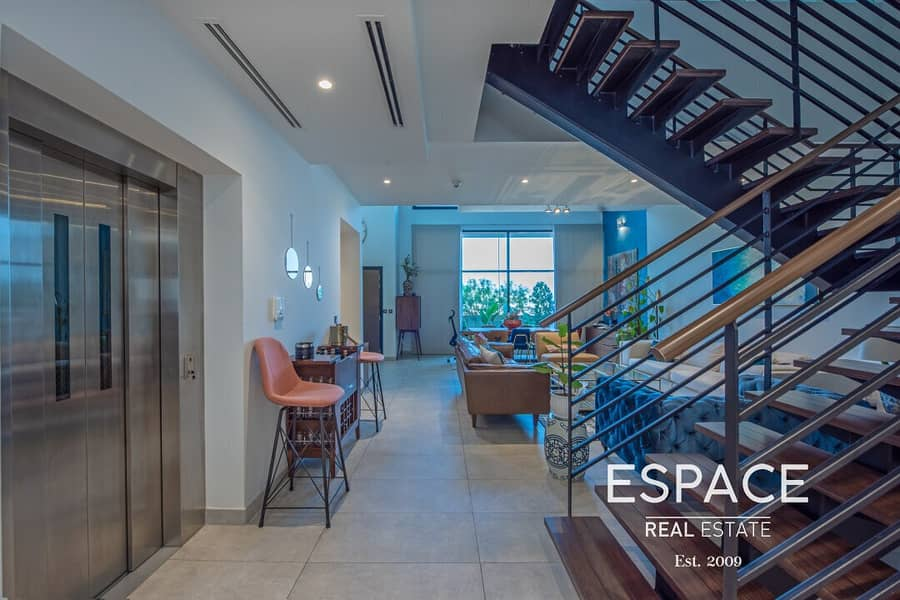 Ultra-Modern 4 Bedroom with Private Elevator