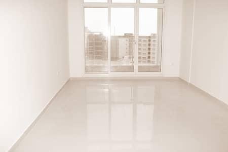 1000 SQFT Large Bright 1 B/R  Hall In La-vista Residence 1
