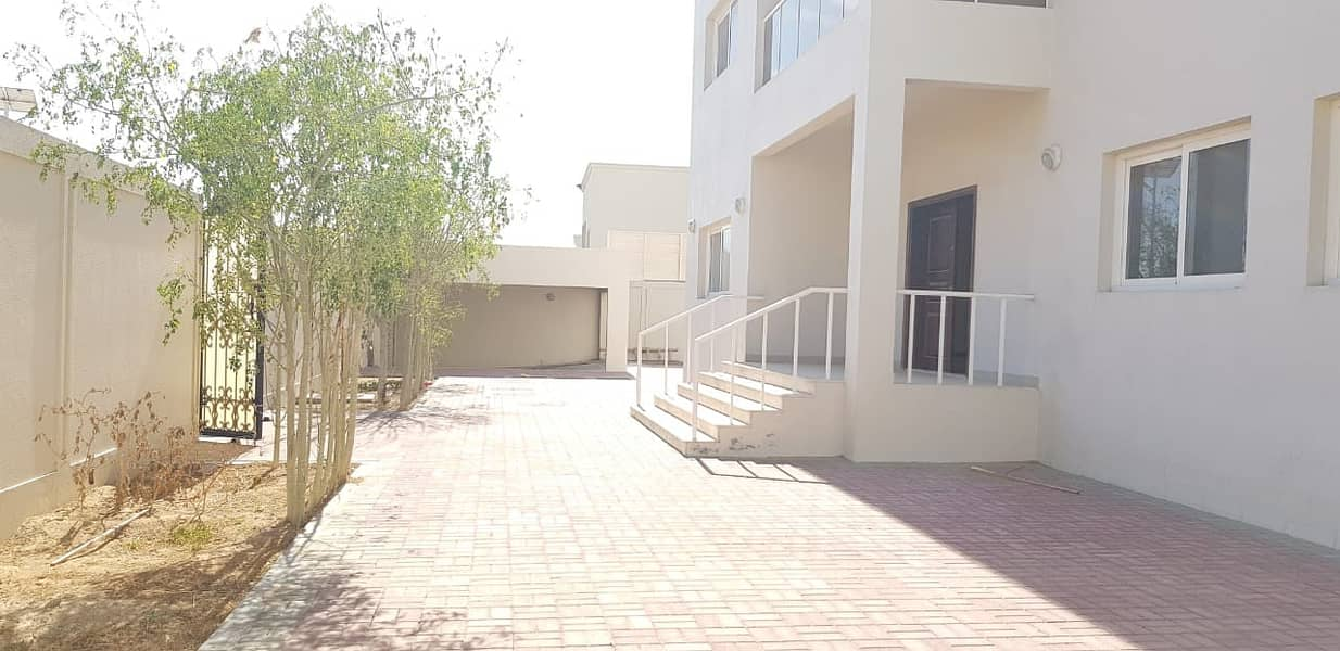 Brand new 5 bedroom villa in just 110k in barashi area