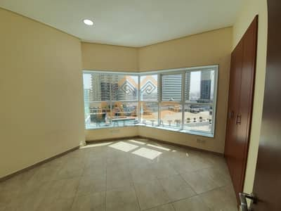 2 Bedroom Flat for Rent in Jumeirah Lake Towers (JLT), Dubai - 2bhk on lower floor with balcony close to metro
