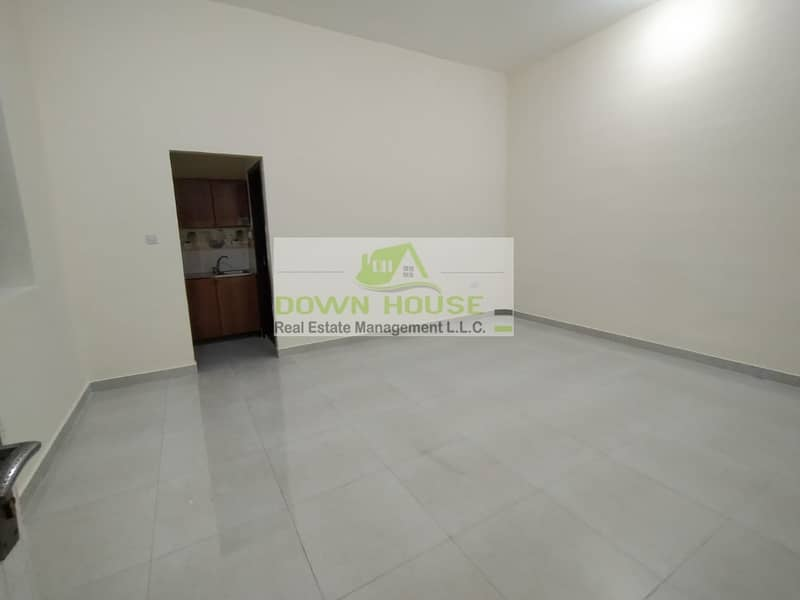 2 Amazing Deal Studio in Baniyas East