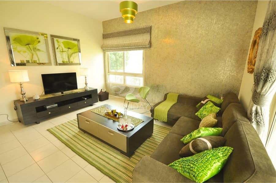 2 Open Plan Living Room| Garden View