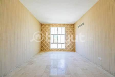 11 Bedroom Villa for Rent in Khalifa City A, Abu Dhabi - ????HOT DEAL!!! Amazing Commercial villa at main street