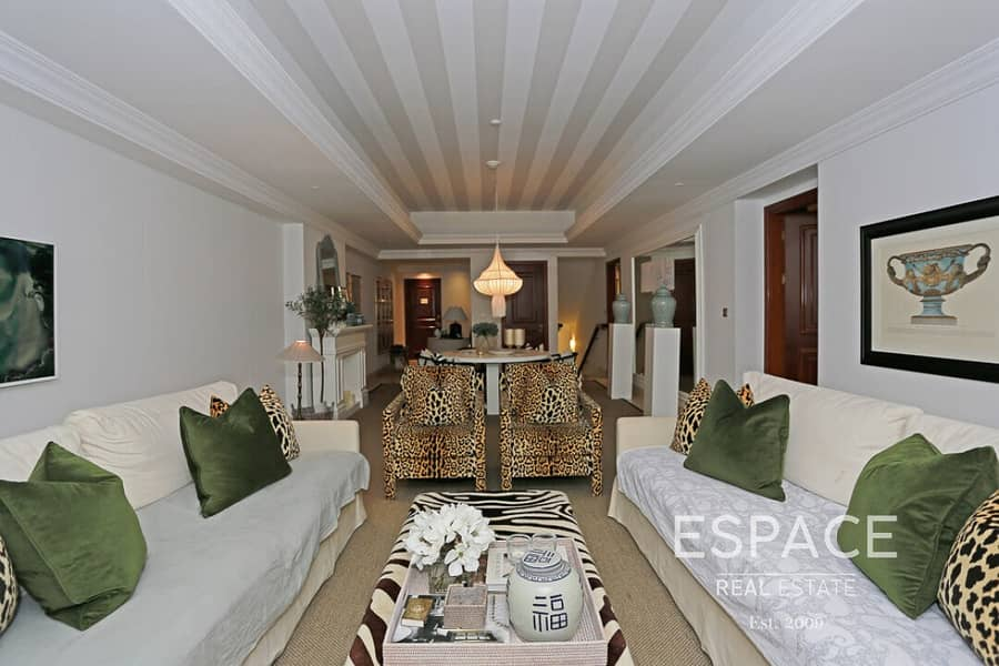 2 Spacious Terrace - Private Pool - Dazzling