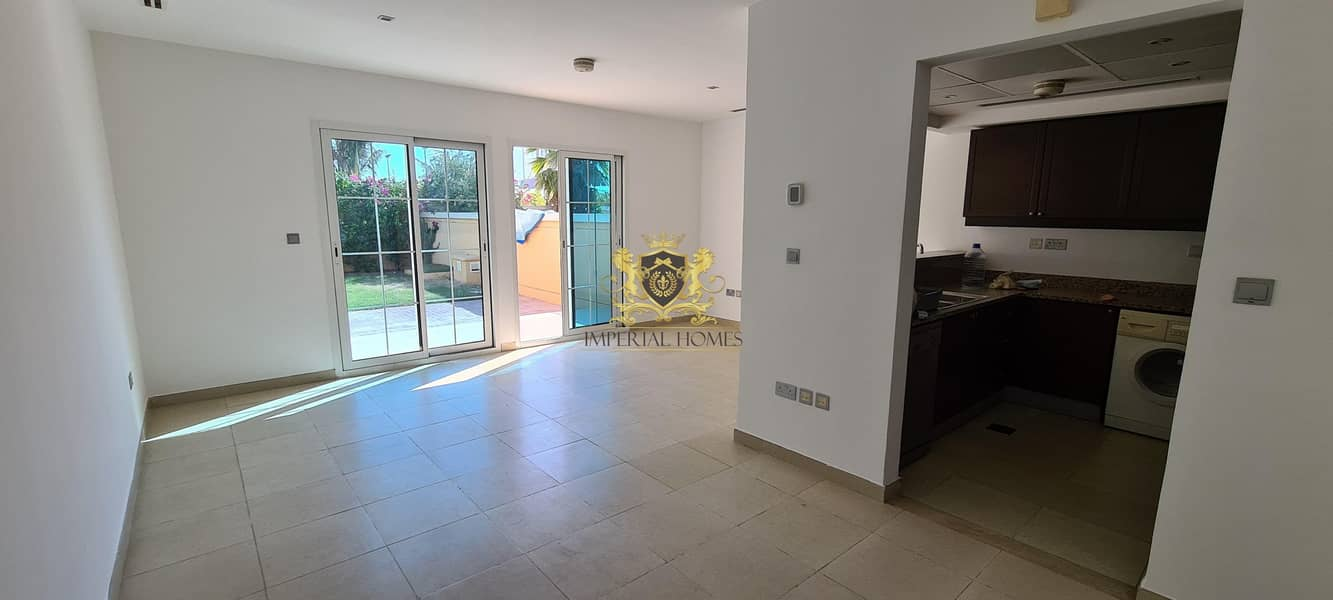 2 Well Maintained  1 Bed + Study + Equipped Kitchen + Landscaped