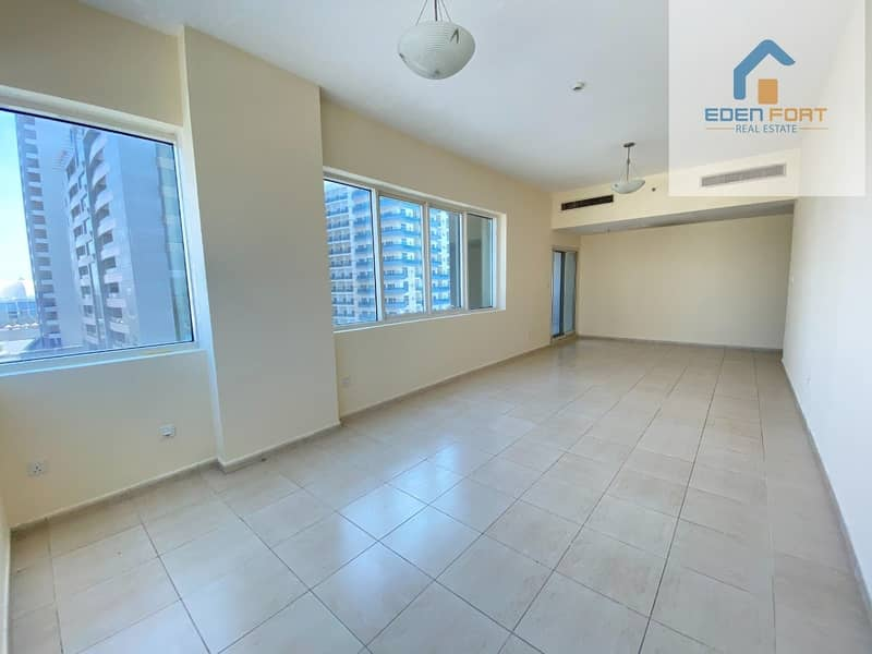 2 Large 2 BR |Chiller Free| Closed Kitchen
