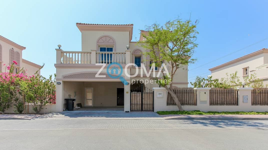 2 Large Garden | 5 Br + Maids| Large Guest Bed