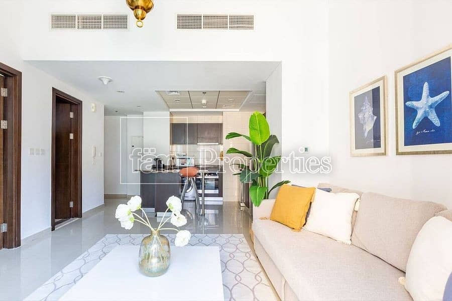 1BR in Bay Central With Marina View For Sale