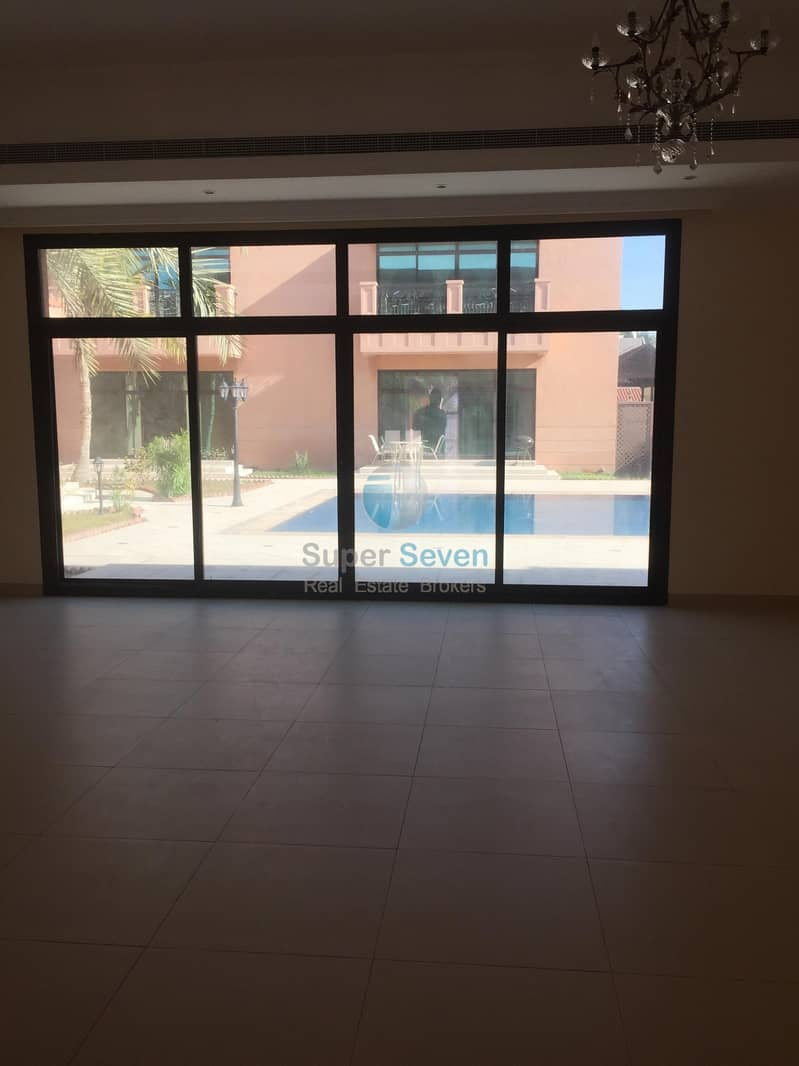 2 4 Bedroom for Rent in a Compound Villa