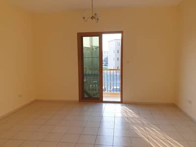 Studio for Rent in International City, Dubai - HOT! HOT! HOT! Studio with  balcony available for rent in spain cluster international city