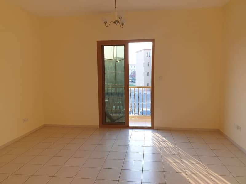 HOT! HOT! HOT! Studio with  balcony available for rent in spain cluster international city