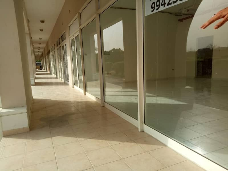 9 LARGE SHOP FOR RENT FRONT SIDE CHINA CLUSTER