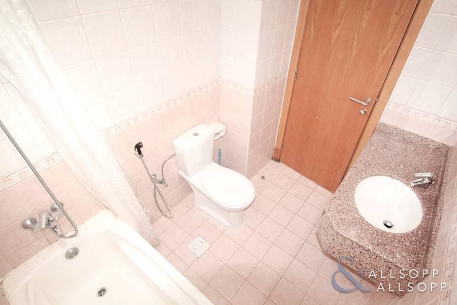 10 One Bedroom Apartment | Close To Metro