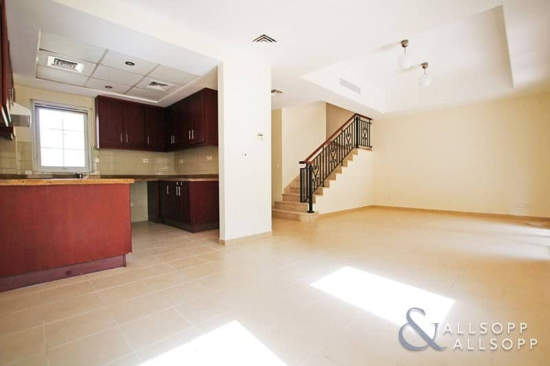 2 2 Beds | Well Maintained | Close To Pool