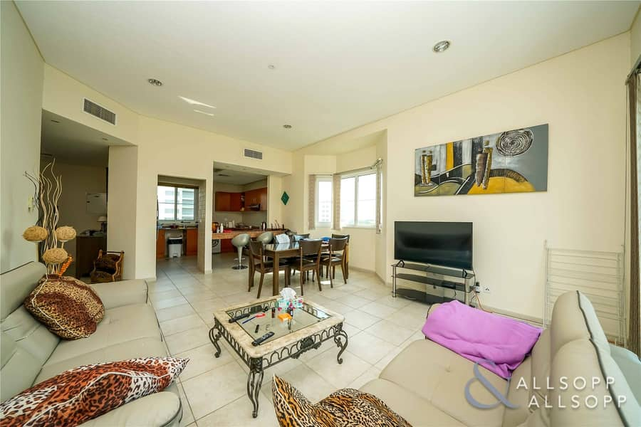 2 Exclusive Listed   Corner Location   1 Bed