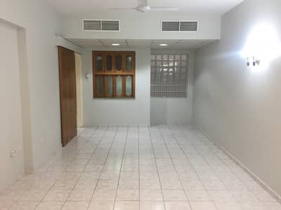 1BHK WITH BALCONY  WITH ONE MONTH FREE ONE PARKING FREE GYM POOL LOUDRY ROOM LOOK LIKE NEW BUILDING VERY CLOSE TO METRO STATION WALK DISTANCE ONLY 2 MINTS
