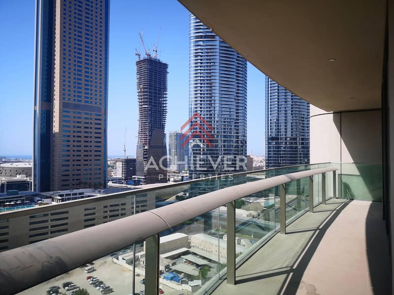 Chiller free| Large 2 Bed | Large Balcony