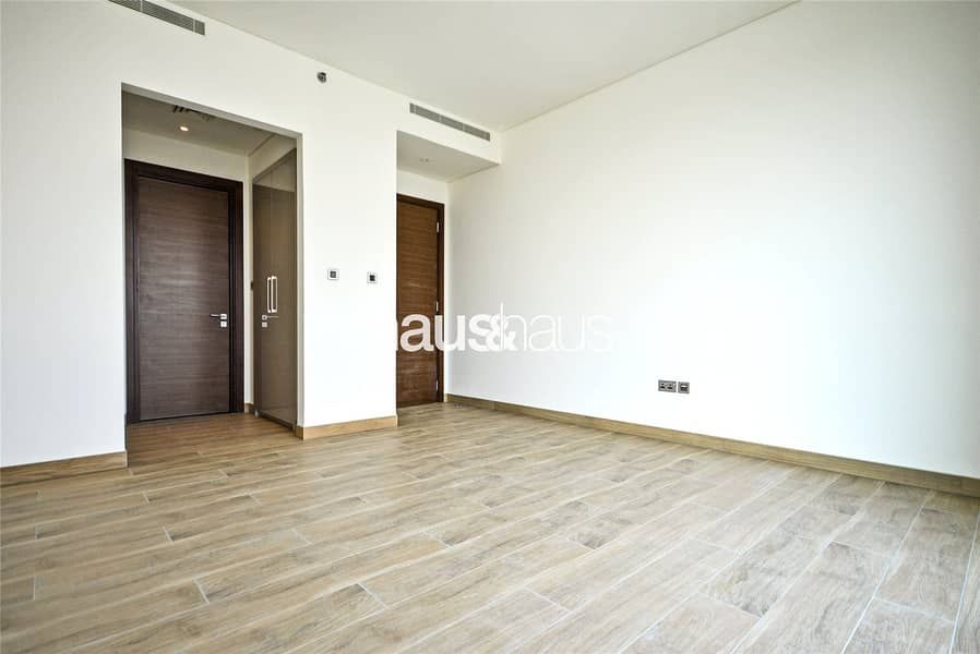 10 Spacious | One Bedroom Chiller Free Apt