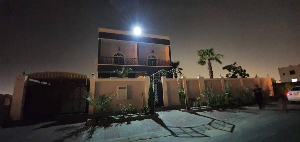 Duplex 4bed villa furnished rent 130k in 4cheque in Al hoshi area