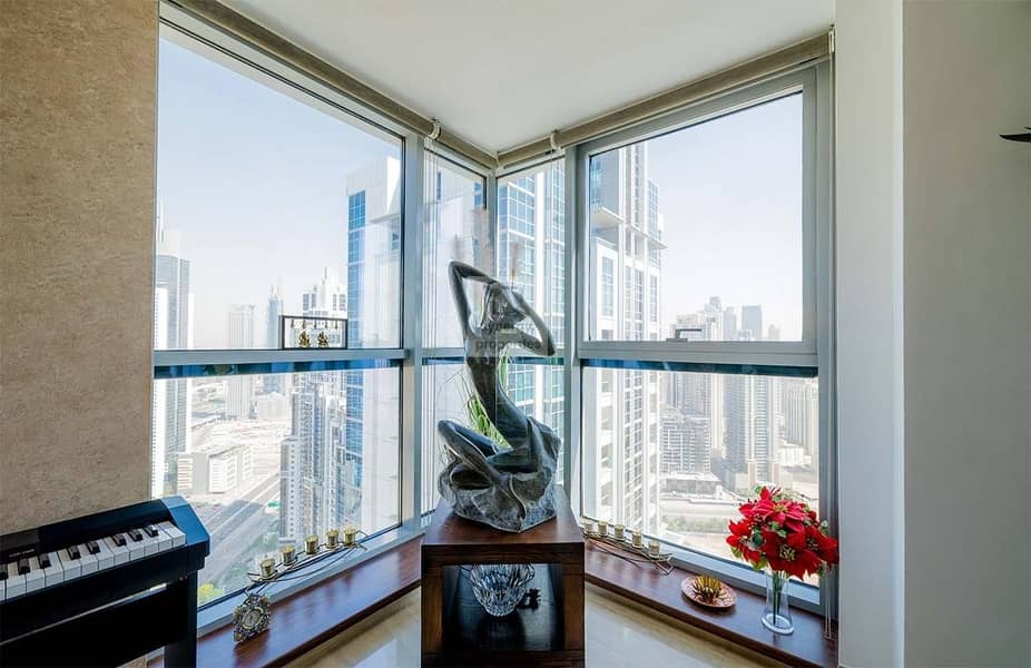 High Floor I Huge 3000sqft I Panoramic View I Must view