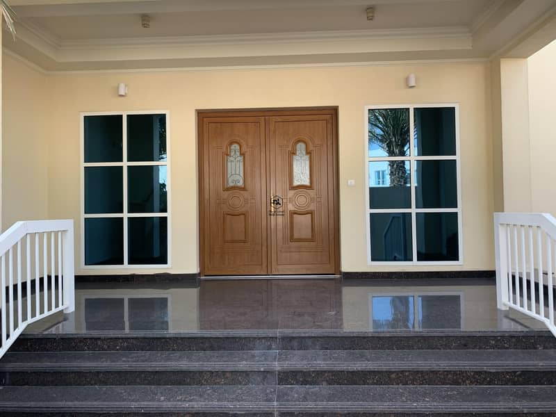2 Amazing villa  available for rent in Jumeirah 3