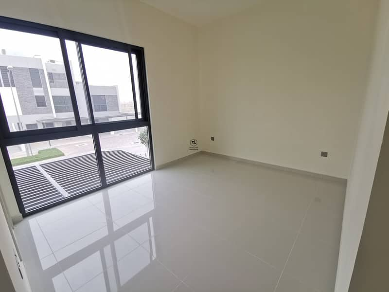 9 G + 2 Unit | 5 Bedrooms | Kitchen Aplliances | Serene Environment