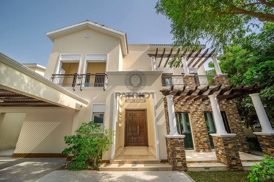 Impeccable 4Beds Villa in the most sought-after location | DISTRICT ONE