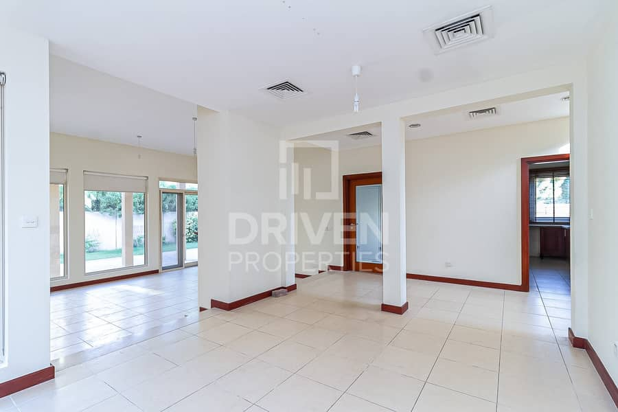 Type 8 |3 Bed Villa in Saheel  | Well-managed