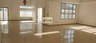 Extra Ordinary w/ Swimming Pool 4BR Villa