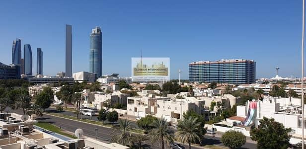 شقة 5 غرف نوم للايجار في الخالدية، أبوظبي - Hot Deal! Amazing w/ Parking&Maid's Room