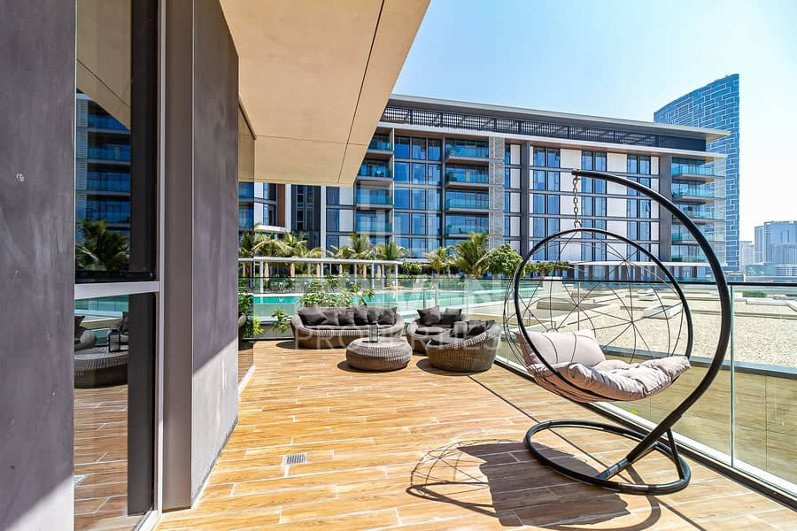 29 Luxurious and Fully Furnished | Full Sea View