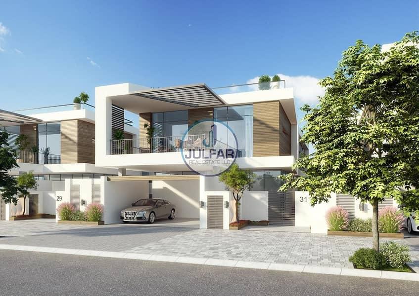 2 Beautiful 4 BR Beachfront Villa in Mina Al Arab