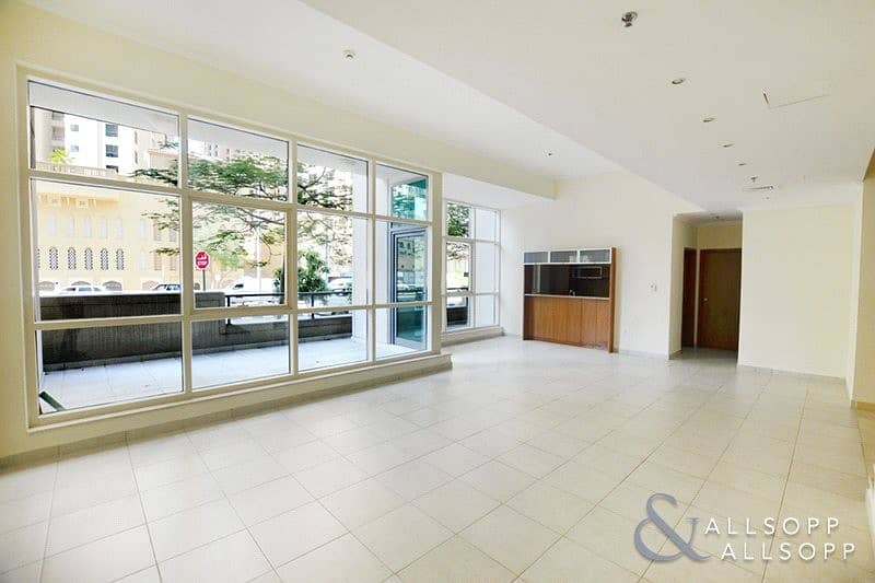 2 3 Bedroom Villa | Vacant | Close To Beach