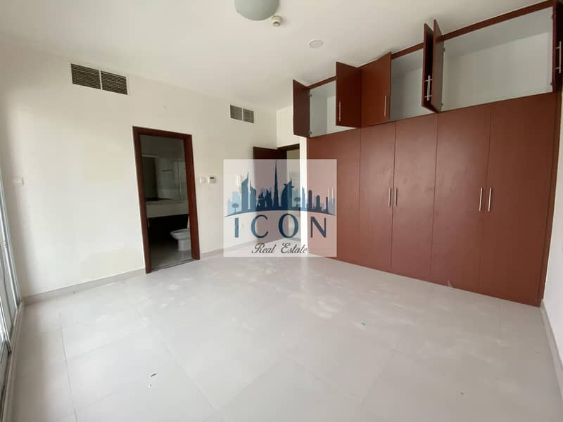 ELEVATOR | FAMILY | 4  BEDROOM | LUXURIOUS VILLA ON RENT