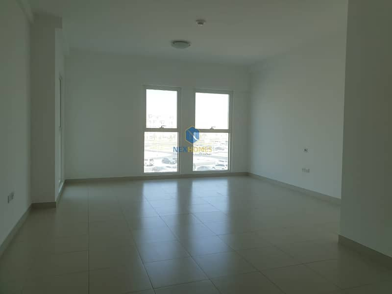 Spacious I CHILLER FREE  I Without BALCONY I 1 PARKING