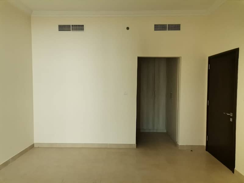 NO COMMISSION! DIRECT FROM OWNER!! 01 BED APARTMENT FOR SALE IN PLAZA RESI-II, JVC.